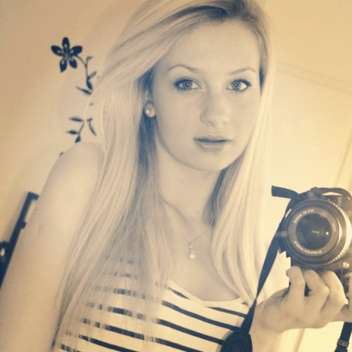 💋 #girl #blonde #swedish #russian #blueeyes #camera #mirror #hair #lips #pose #picture #awesome #rudsiangirl #swedishgirl #ig #like #follow  (Taken with instagram)