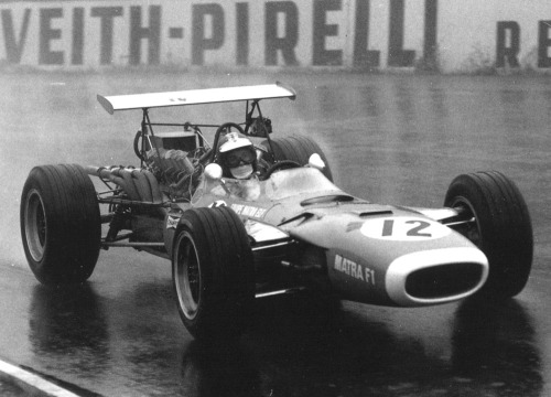 goodoldvalves:  Jean-Pierre Beltoise, racing in the Matra MS11 at the 1968 German Grand Prix.