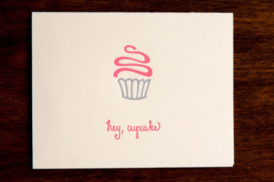 actoninspiration:  Simple cupcake letterpress card Image source: inkmeetspaper