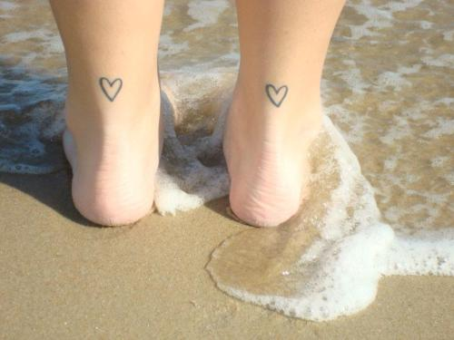 these are the hearts on the back of my ankles. no meaning behind them, just thought the idea was cute!  http://stephyloh.tumblr.com/