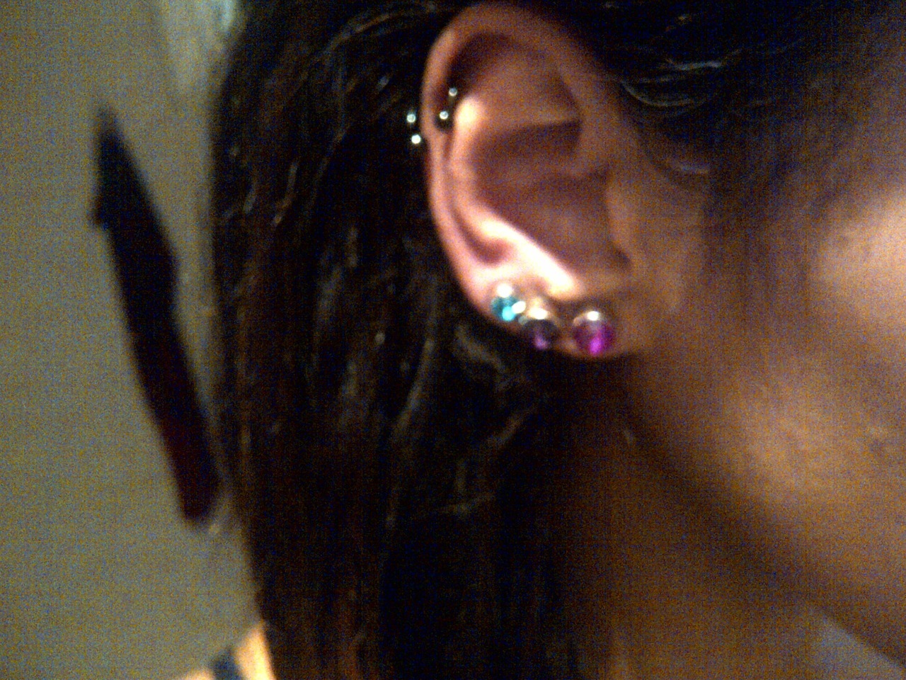 awfulmodifications:  fangs-:  Self pierced my 3rd lobe yay. Can't believe I did it myself. Fuck yeah ~    Because idiot's gunna idiot. What's awful: TERRIBLE initial jewellery, poor quality, butterfly backed (perfect for trapping nasties against the new healing piercing), and that it was self pierced by a clearly non-professional in non-professional means with non-professional equipment. Shoving a dirty needle through your lobes? Not cool. Modification: You do it right, or not at all.