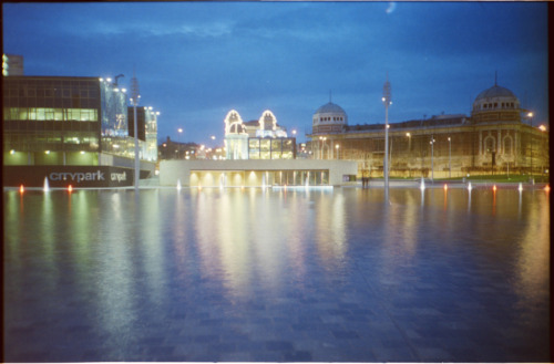 #believeinfilm #filmmwins More @CityParkBD and @BradfordOdeon night shots. From a different time to the previous night shots (I think!). Long exposure with Lomo LC-A on expired Agfa Vista 100.