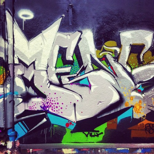 #omens #villains #chicago #graffiti  (Taken with instagram)