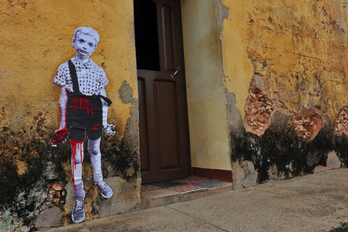 Army of One in Trinidad de Cuba : street art without borders by urbanhearts on Flickr.