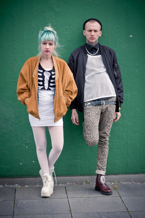 thehomoamerican:  saraurb:  Second  his jeans. her hair. everything is mars.