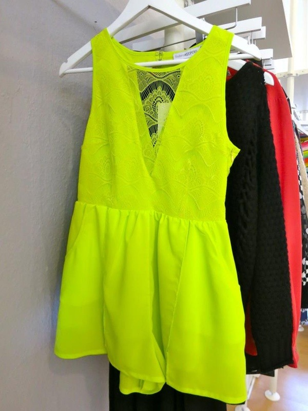 e-clissi:  oh the things i would do to have this in my closet ahora Neon <3