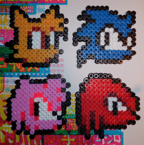zellas:  http://www.etsy.com/shop/KawaiiNekoCreations Sonic the Hedgehog bead sprites. Now available at Kawaii Neko Creations! Check us out :3  Having seen all these in real life, I have to say, they are cute as fuck and you're a fool if you're not buying shit RIGHT NOW.  In the UK.