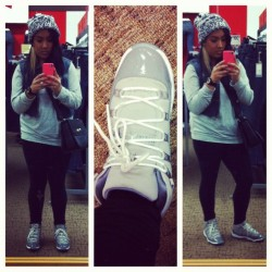 nanahonnay:  #picstitch decided to rock the Concords today #xi #concords #swag (Taken with instagram)
