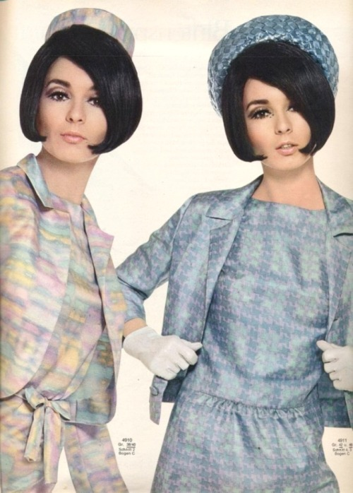 Silk Outfits - Burda Moden - 1966 No.6 http://www.ms77.ru