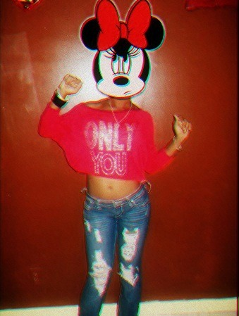 stayoffamydick:  ayoo minnie :$