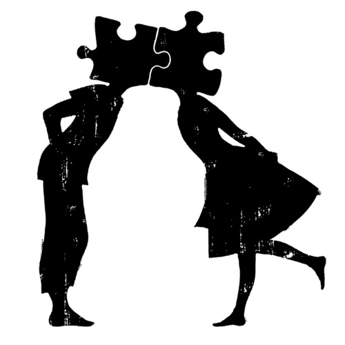 Awe, this reminds me of our original wedding plan with puzzle pieces. Makes me sad that we dropped it.