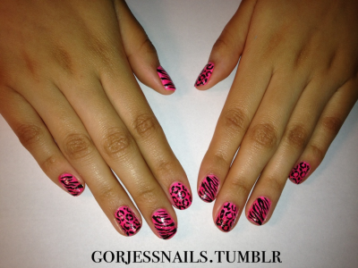 gorjessnails:  Pink gradient animal mix.