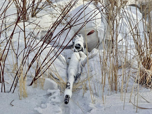 gunrunnerhell:  Russian sniper in the snow… (SVD rifle because of the tell-tale front sight and flash hider.)