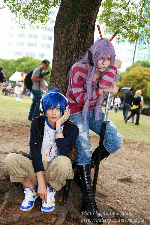 *KAITO (left) from : Vocaloid (not an anime) cosplayer : Kaname  *Gakupo/Gackpo (right) from : Vocaloid (not an anime) cosplayer : ???