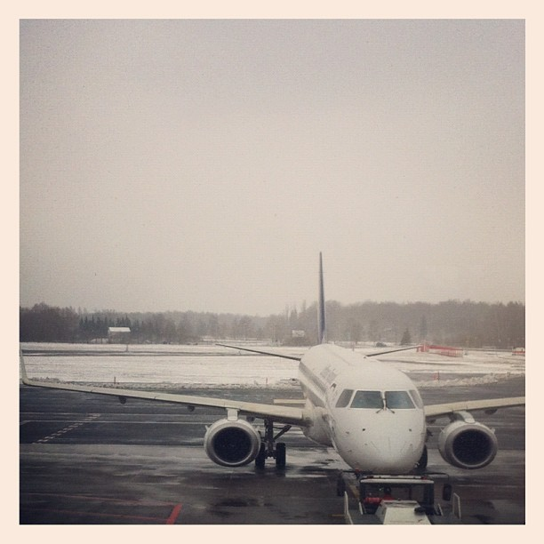 I need some more sleep (Taken with Instagram at Linda Lounge Tallinn Airport)