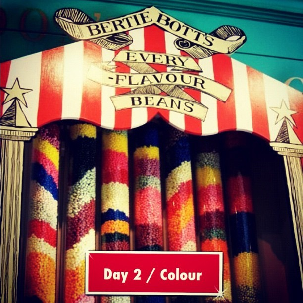 #photoadayapril #day2 #colour #EveryFlavourBeans #HarryPotter (Tomada con instagram)