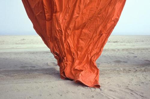 More Batho making-eyes-telling-lies:  phot. John Batho