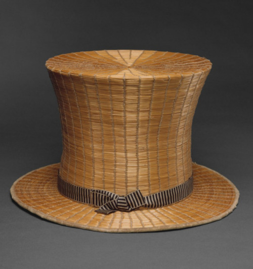 vicfangirlguide:  A 19th century gentleman's top hat made of straw. At the beginning of Queen Victoria's reign men's clothing was much more colourful than the sombre suits of the later 19th century. Bright blue coats, yellow trousers and vibrant embroidered waistcoats were a common sight and top hats could be grey, white or even made of straw in summer.