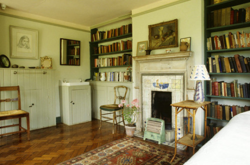 Virginia Woolf's Bedroom
