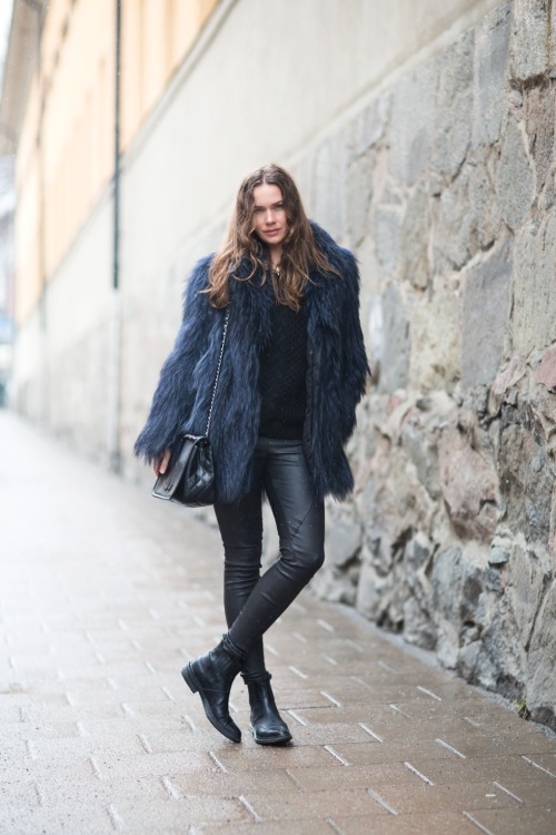 Digging Swedish (Street)-Style Blogger lady of Carolines Mode.