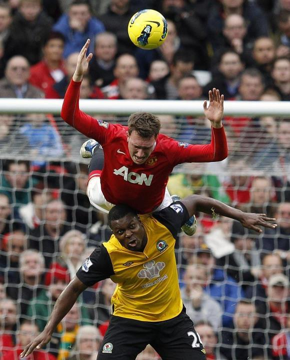 internalcannon:  ahahaha Phil Jones.. always flying through air or going to ground he is  Scared of the YAK!