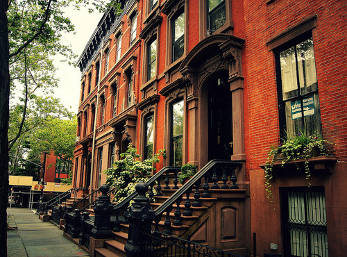 traveling—soul:  Brownstone, Cobble Hill, Brooklyn, New York City. (via http://weheartit.com/entry/22697500)