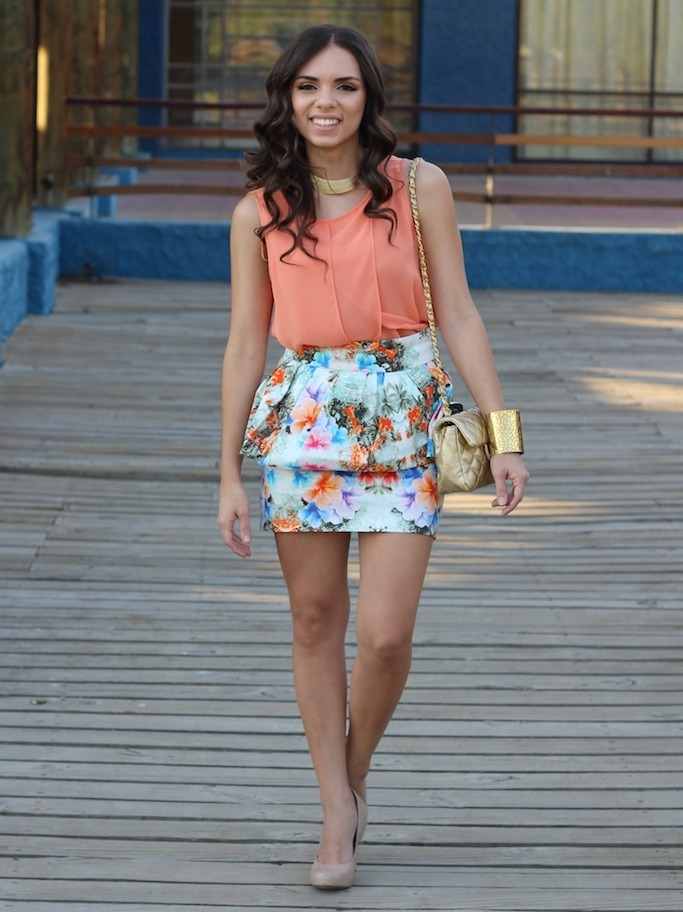 Zara skirt, Zara top, Steve madden pumps, Mimi Boutique Bag, Furor cuff, Pop Of Chic necklace. (image: nanysklozet)