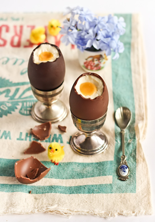 gastrogirl:  cheesecake filled chocolate eggs.