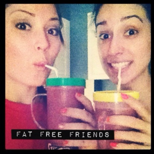 ikarleefitness:  Fat free friends do #turbofire and drink #shakelology together!  LOVE IT!!
