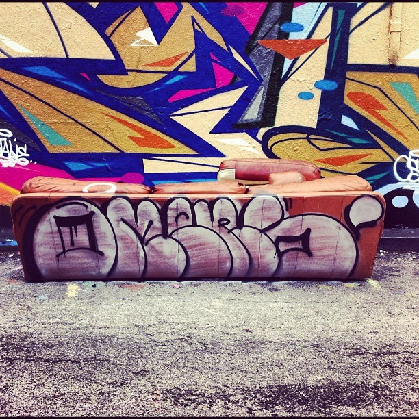#omens #graffiti #chicago #villains  (Taken with instagram)