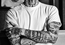 men with tattoos! <3 ahhhh