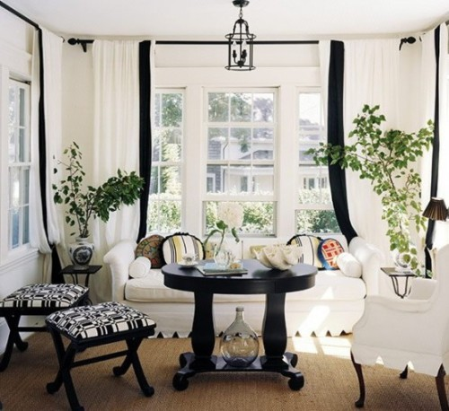 micasaessucasa:  Black And White Traditional Living Rooms