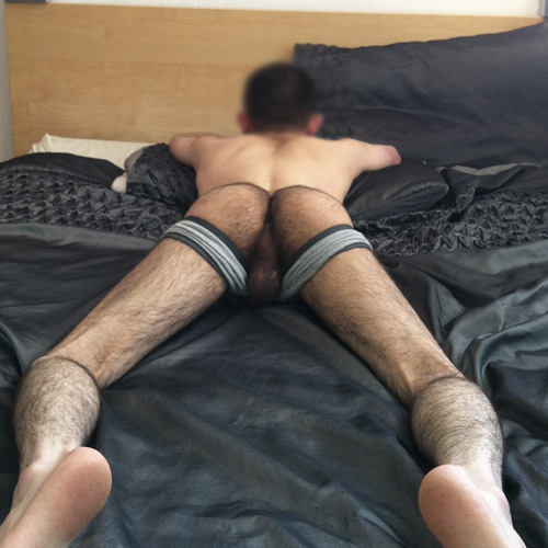 "hot4hairy:  Nice furry bum and legs submission from HotHairy follower ""gayvibes"" H4H  Me :)"
