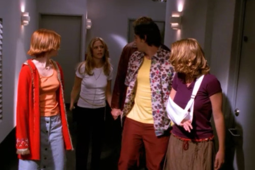 buffyoutfits:  buffy still has her rope belt on. willow. well willow i don't even know how to talk about right now.