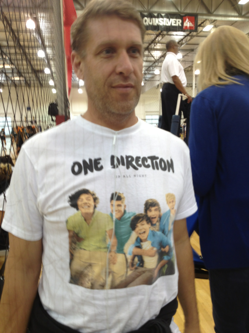 sobringbackthememories:  Random grown man at my volleyball tournament with a One Direction shirt on. He told me has has been to three concerts and ships Larry Stylinson.  LMFAO!