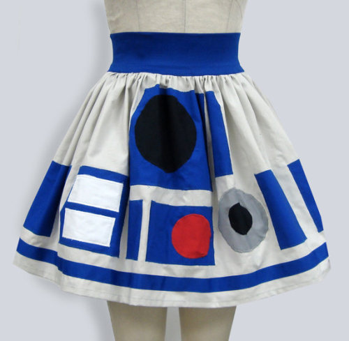 ladywankenobi:  xostitches: R2D2 skirt/by Ashley Mertzvia Craft Magazine