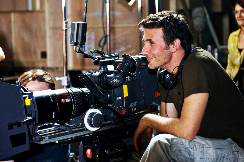 e-pic:  Michel Hazanavicius filming OSS 117: Cairo, Nest of Spies (2006)