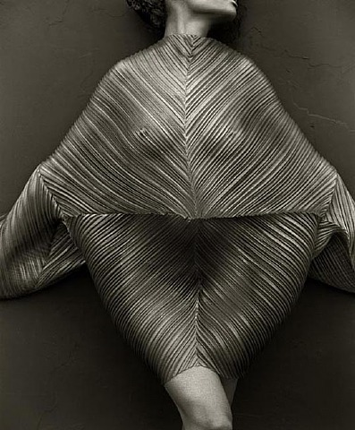 Herb Ritts, Wrapped Torso, Los Angeles, 1989. The photographer's biggest retrospective opens at Getty Center on April 3.