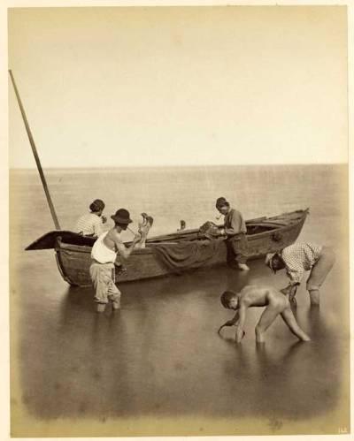 nakedez:  Carlo Naya Etude, Pêcheurs sur la lagune, Venise, ca 1870