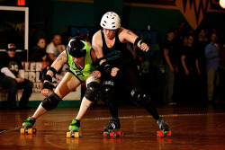 Dominion Derby Girls vs Nuclear Knockouts (by Hankins)