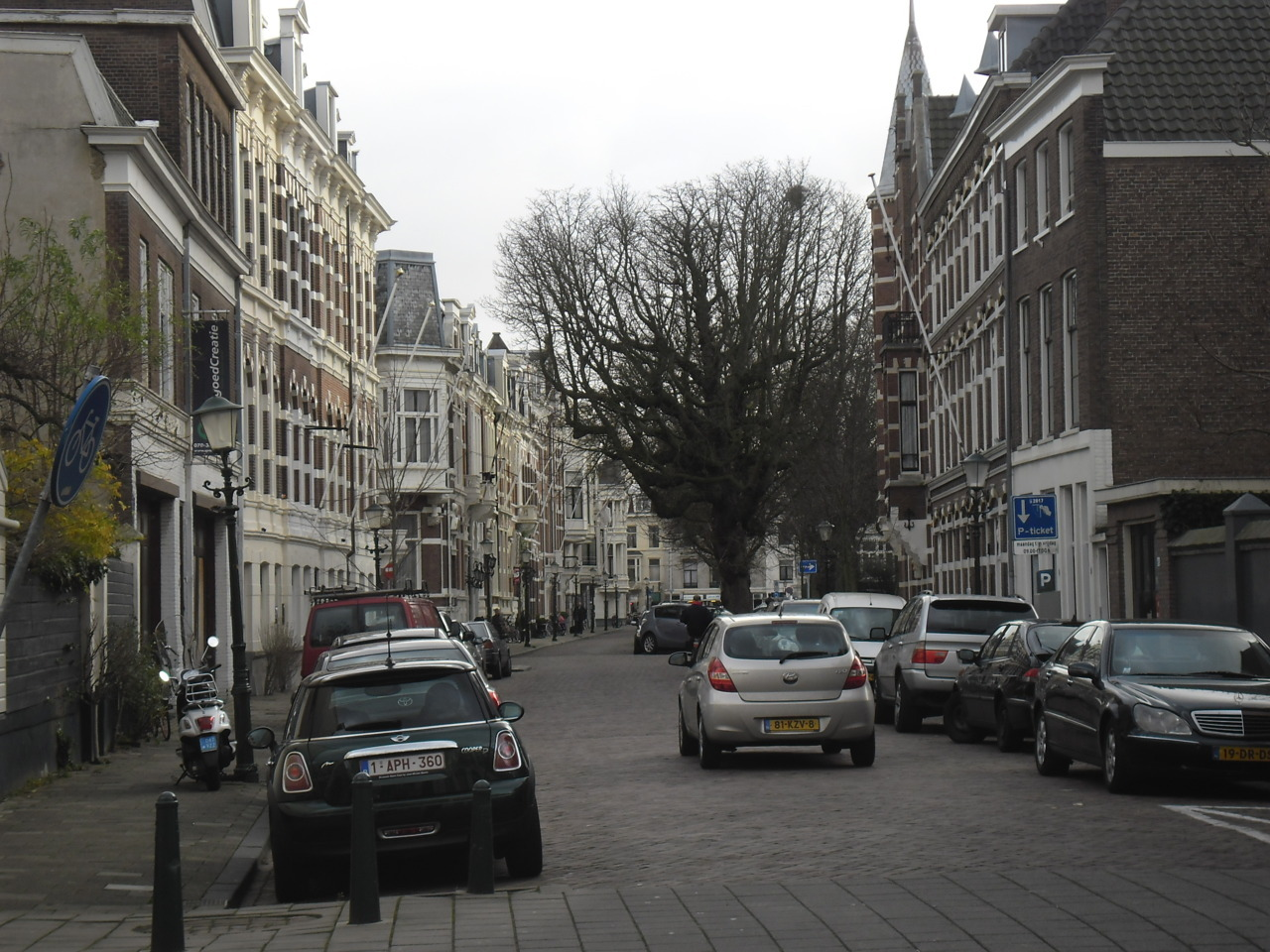 Street in The Hague (Den Haag), Netherlands. Photo taken by me, 7 December 2011.