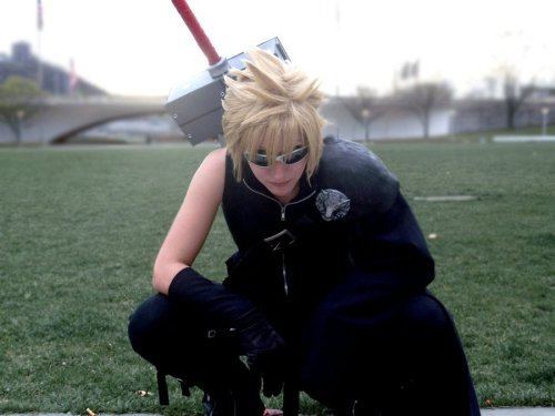 Cloud Strife from Final Fantasy VIICosplayer: mosleyc598Photographer: AuburnAbstraction