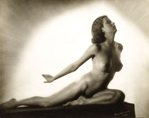 regardintemporel:  Lionel Heymann - Etude de Nu, 1937