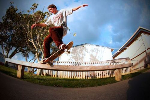 Chris Low - Bs Nosegrind