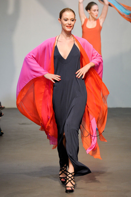 Red & Pink Color Blocks 4 the Beach. Stephen Burrows Spring-Summer 2012.‎