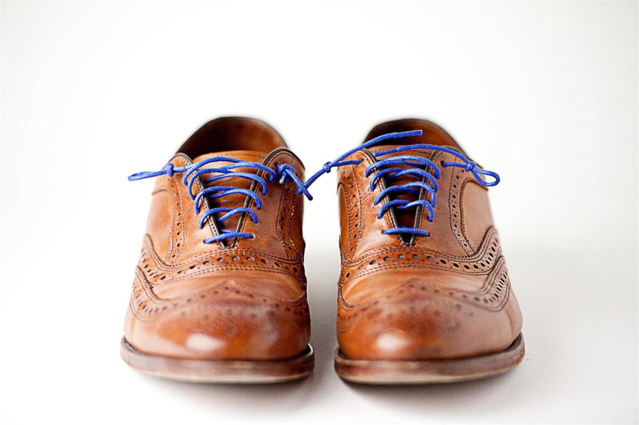 thestylebuff:  Contrasting Shoelaces