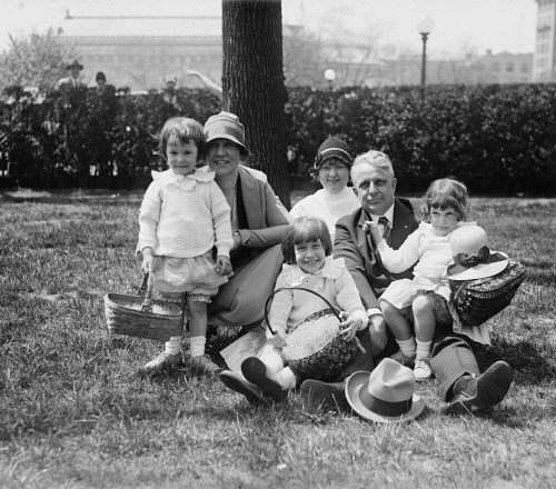 James John Davis & family, Easter egg rolling, April 18th, 1927