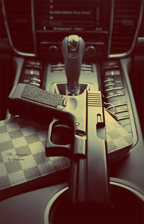 Gun in the Porsche Panamera