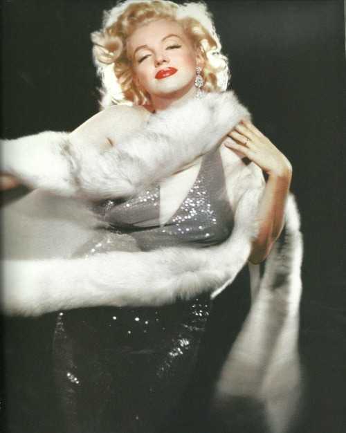 Marilyn Monroe photographed by Richard Avedon.