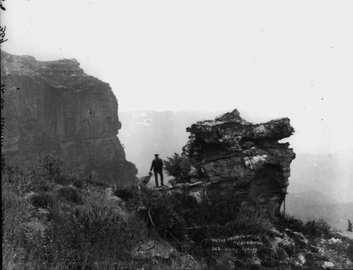 On the narrow neck, Katoomba, Australia 1900
